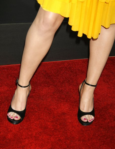 Mary Elizabeth Winstead Feet